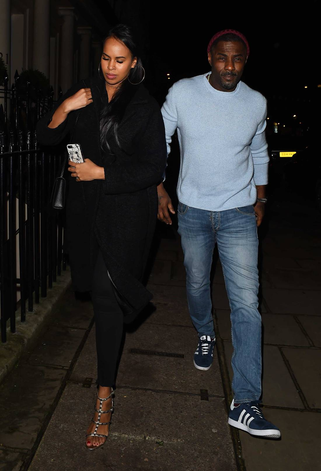 Idris-Elba-and-her-New-Girlfriend-Sabrina-Dhowre-at-Evgeny-Lebedev-hosts-a-lavish-Christmas-party-London-December-15-2017-1.jpg