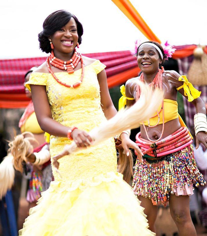 0972c44258b0c77d30fefdcabaa842ea-african-clothes-african-dress.jpg