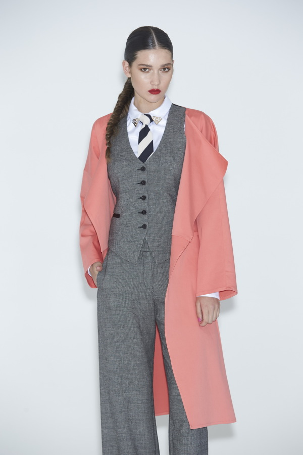 Womens-Pant-Suits-2015-3-600x900